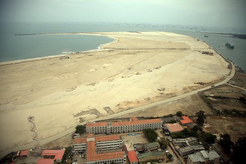 Land reclamation at Eko Atlantic City. Climate crisis in action. Image courtesy of Eko Atlantic via Quartz Africa